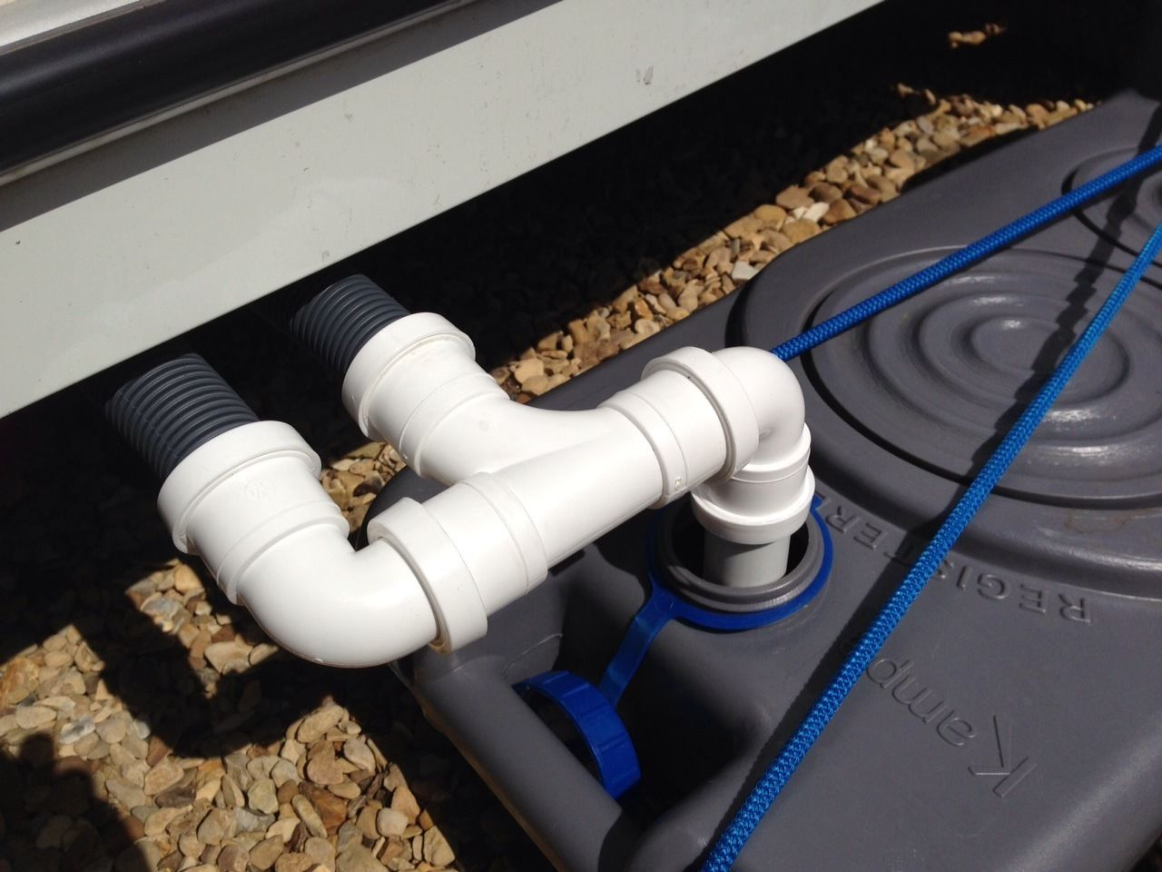 10m mains water kit for aquaroll waste adpater big for Outside waste pipe