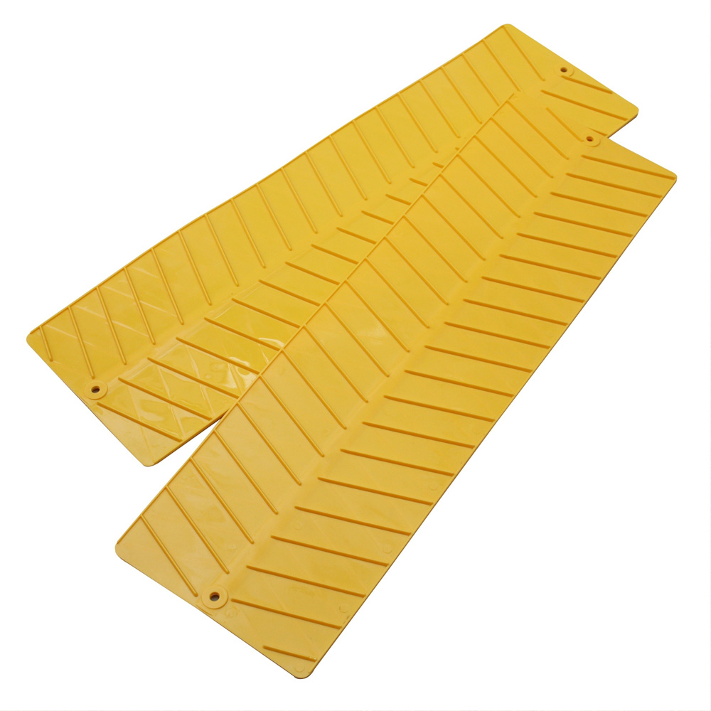 Yellow grip mats